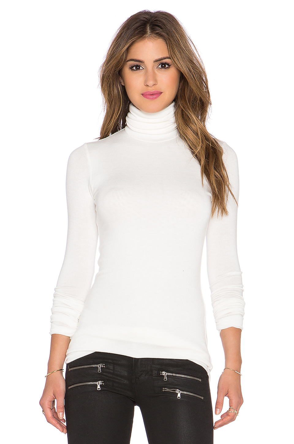 twenty Long Sleeve Turtleneck in Off White